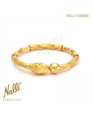 FANCY TWIST KADA BANGLE