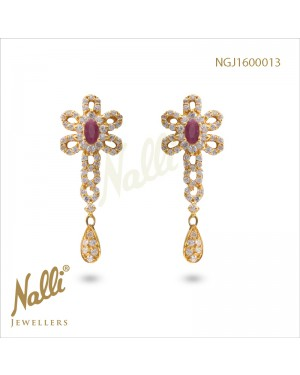 ZIRCON FANCY EARRINGS WITH RUBY STONE